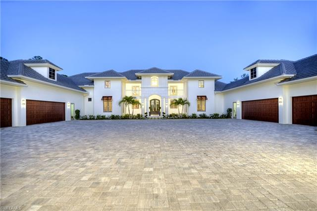 4477 Club Estates Dr, Naples, FL 34112
