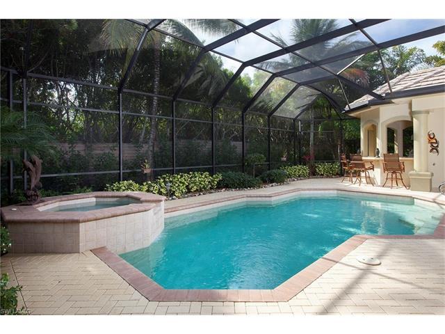 7701 Mulberry Ln, Naples, FL 34114