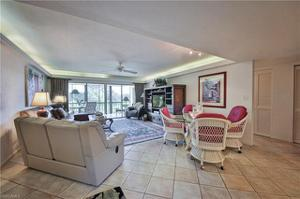 1510 Imperial Golf Course Blvd 123, Naples, FL 34110