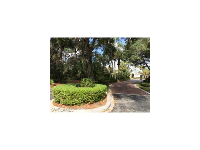 55 Emerald Woods Dr C9, Naples, FL 34108