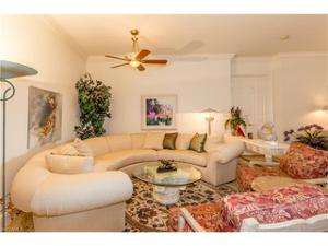 9066 Cascada Way 202, Naples, FL 34114