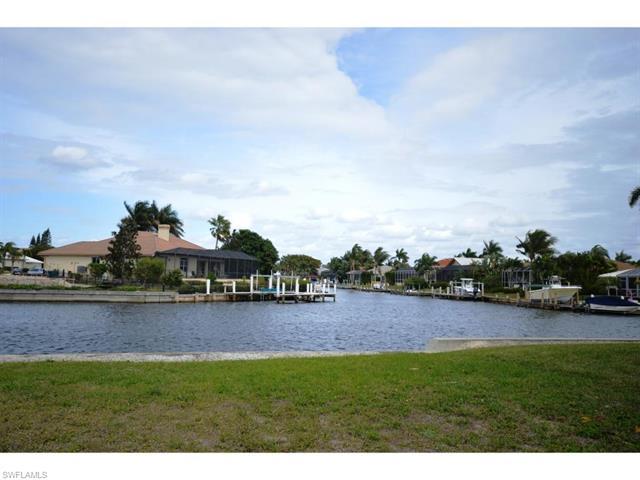 1536 Buccaneer Ct, Marco Island, FL 34145