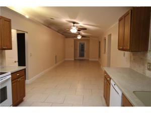 692 102nd Ave N, Naples, FL 34108