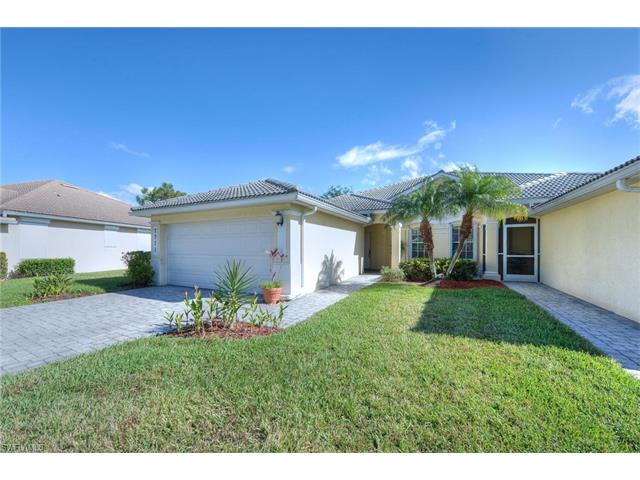 7771 Berkshire Pines Dr, Naples, FL 34104