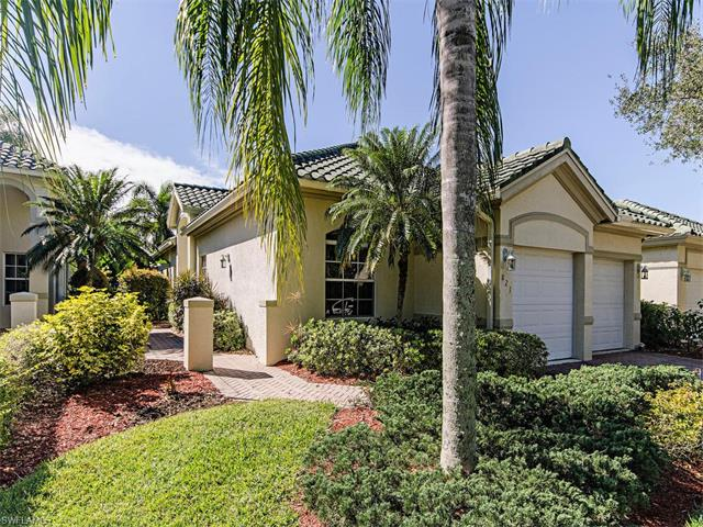 821 Vistana Cir, Naples, FL 34119