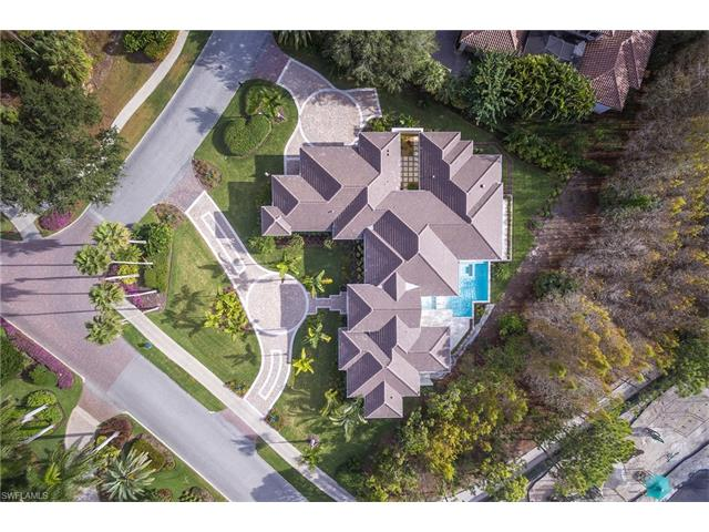 4493 Wayside Dr, Naples, FL 34119