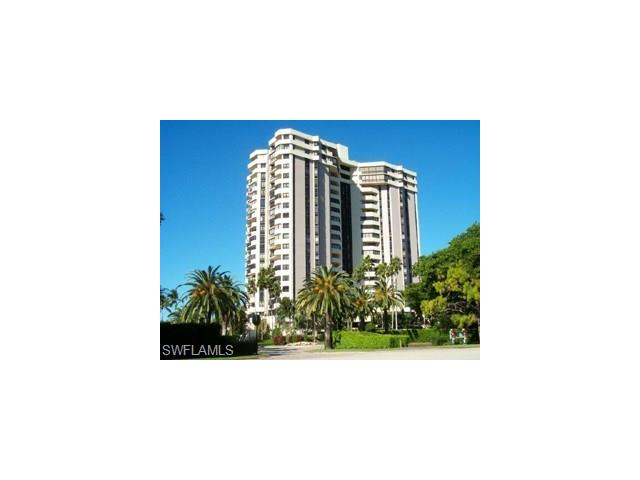 6001 Pelican Bay Blvd 305, Naples, FL 34108