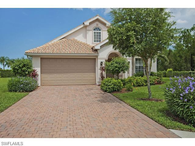 580 Lago Villaggio Way, Naples, FL 34104