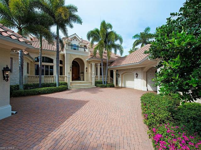 26220 Woodlyn Dr, Bonita Springs, FL 34134