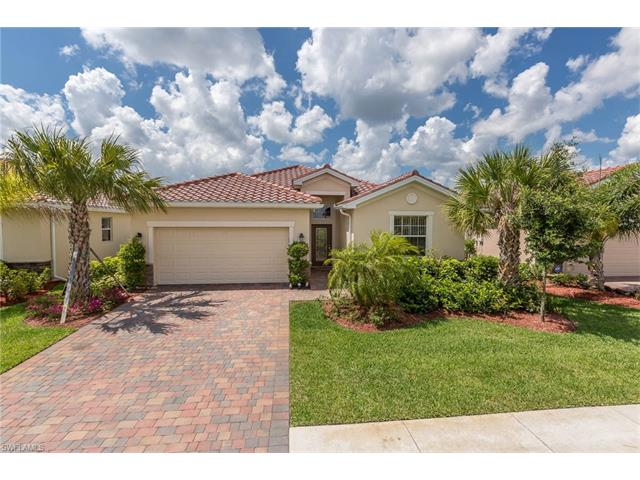 2354 Heydon Cir E, Naples, FL 34120
