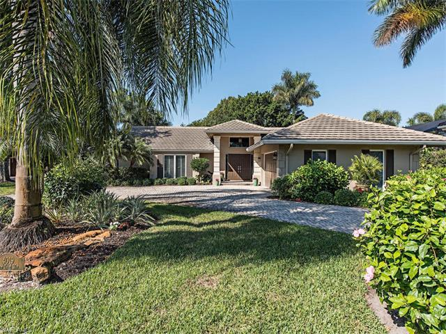 4019 Old Trail Way, Naples, FL 34103