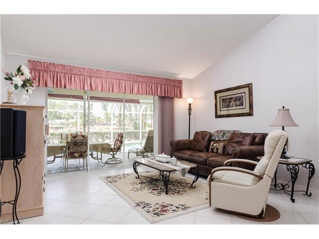 939 Saint Andrews Blvd, Naples, FL 34113