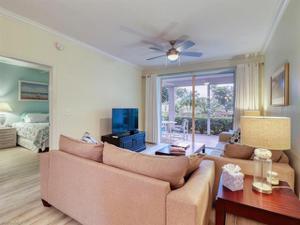 8246 Twelve Oaks Cir 214, Naples, FL 34113