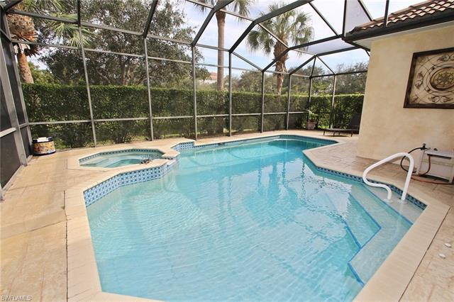 8908 Ventura Way, Naples, FL 34109