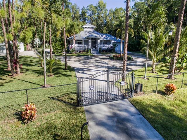 6245 English Oaks Ln, Naples, FL 34119