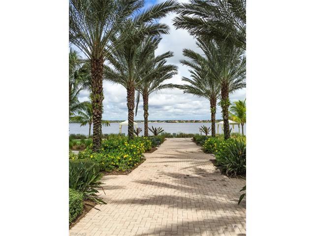 8775 Coastline Ct 5-201, Naples, FL 34120