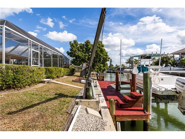 1221 Mulberry Ct, Marco Island, FL 34145