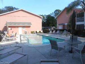 295 Quail Forest Blvd 220, Naples, FL 34105