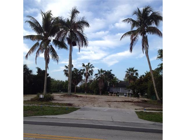 498 Barfield Dr, Marco Island, FL 34145