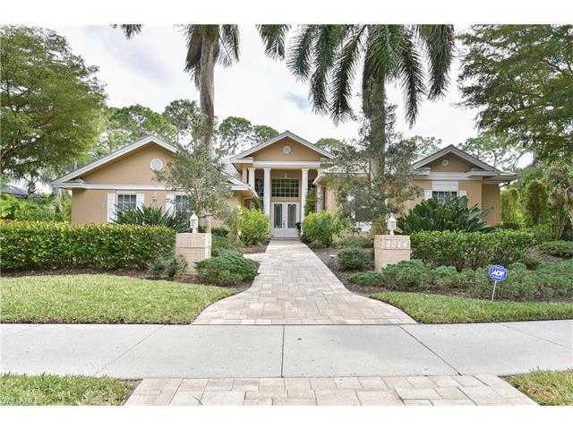 2274 Hawksridge Dr, Naples, FL 34105