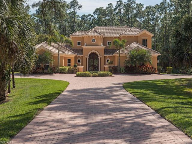 5226 Palmetto Woods Dr, Naples, FL 34119