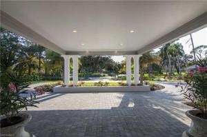 4587 Oak Leaf Dr, Naples, FL 34119