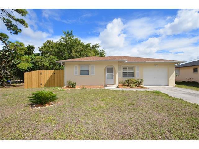 27141 Pine Ave , Bonita Springs, FL 34135