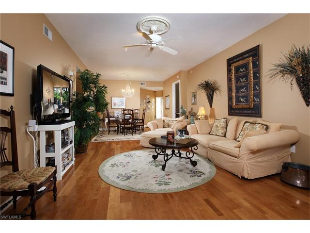 3975 Deer Crossing Ct 102, Naples, FL 34114