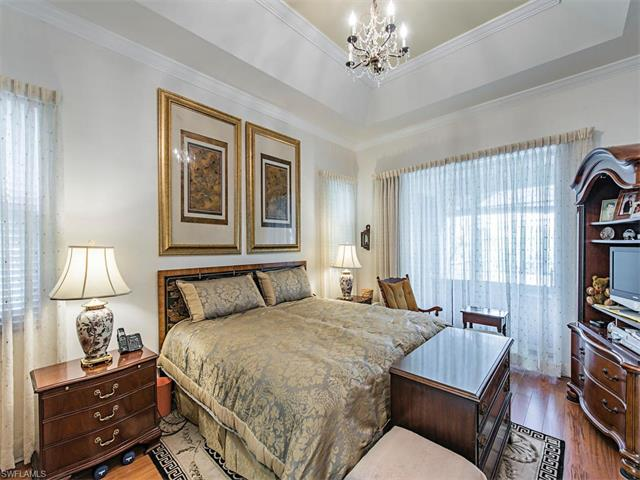 355 Saint Andrews Blvd, Naples, FL 34113
