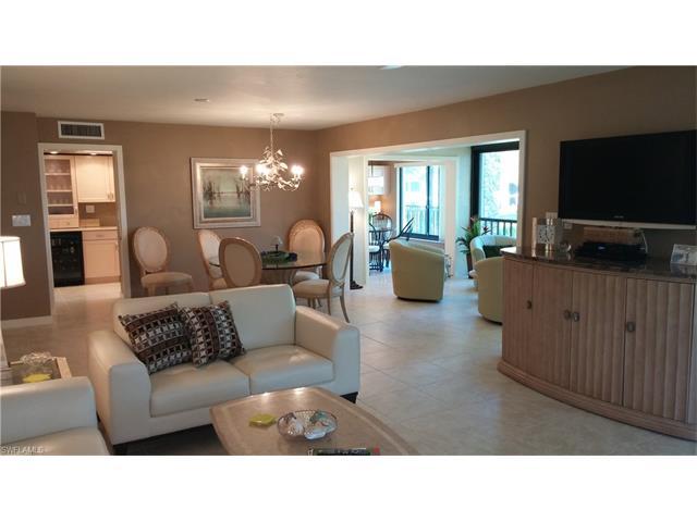 5954 Pelican Bay Blvd 221, Naples, FL 34108