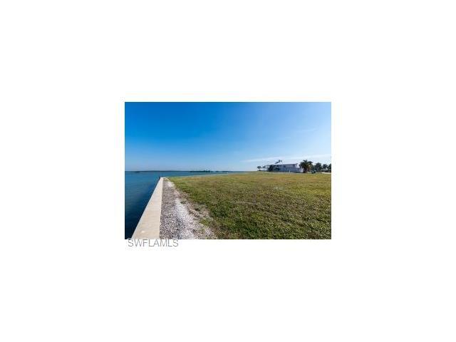 1405 Butterfield Ct, Marco Island, FL 34145