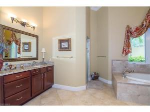 5140 Tamarind Ridge Dr, Naples, FL 34119