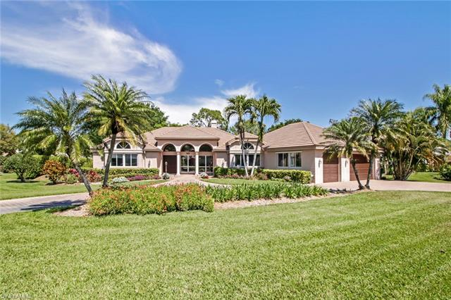 2025 Laguna Way, Naples, FL 34109