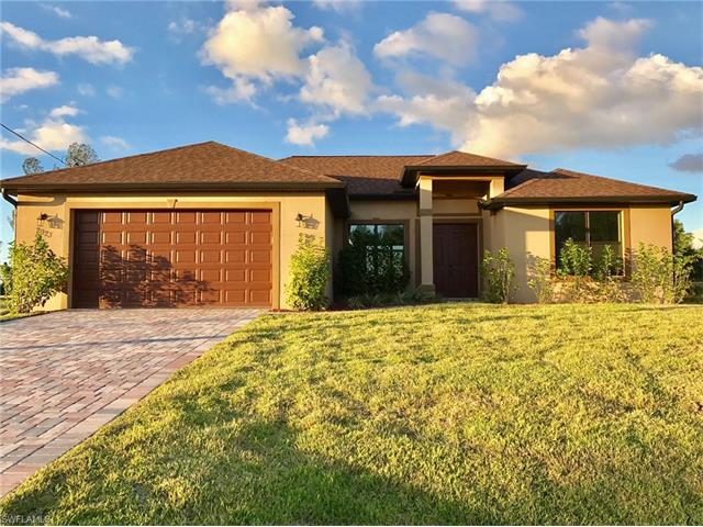 2923 11th St, Cape Coral, FL 33993