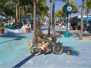 2911 25th Pl, Cape Coral, FL 33914
