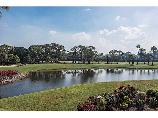 122 Wildwood Ln, Naples, FL 34105