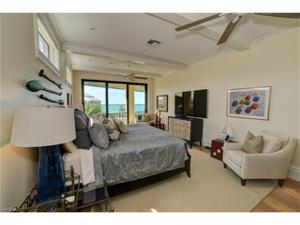 104 Bonaire Ln, Bonita Springs, FL 34134