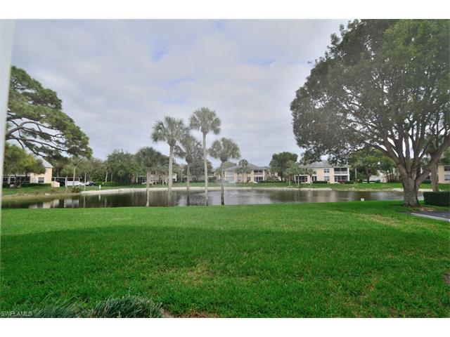 790 Wiggins Lake Dr 105, Naples, FL 34110