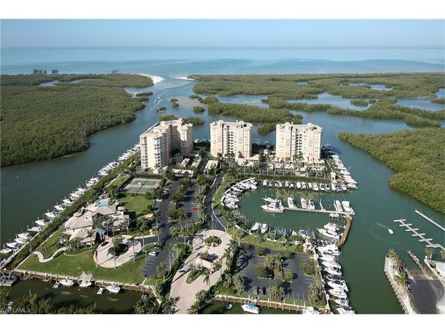 445 Dockside Dr B-902, Naples, FL 34110