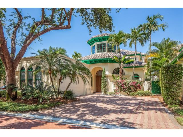7855 Vizcaya Way, Naples, FL 34108