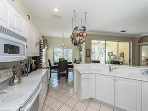 2165 Hawksridge Dr 1301, Naples, FL 34105