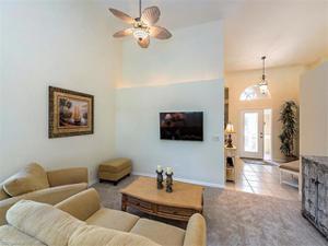 2340 Heritage Greens Dr, Naples, FL 34119