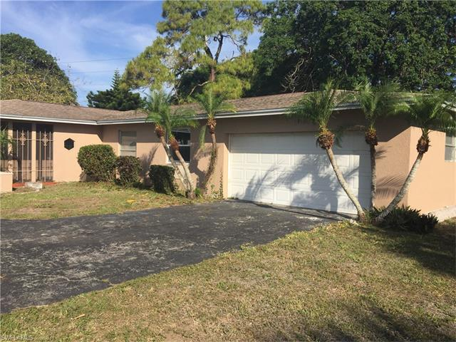 113 Doral Cir, Naples, FL 34113