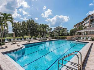 380 Horse Creek Dr 107, Naples, FL 34110