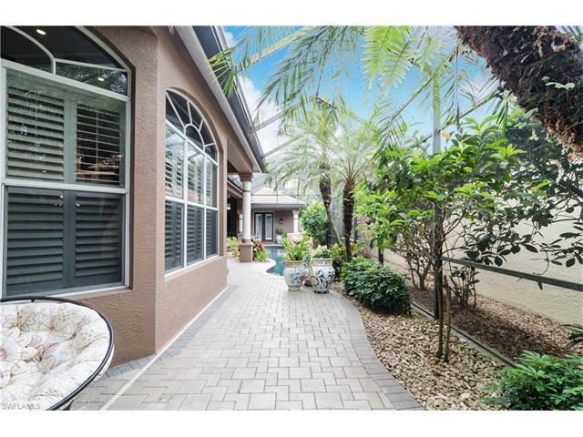 5049 Kensington High St, Naples, FL 34105