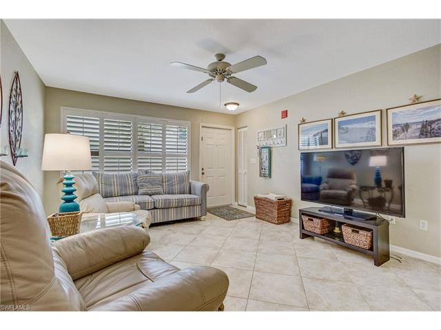 60 Emerald Woods Dr B1, Naples, FL 34108
