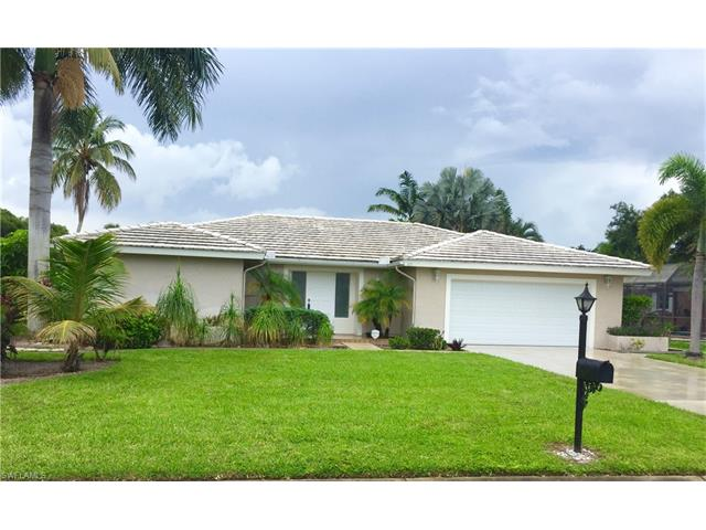 111 Pebble Beach Blvd, Naples, FL 34113