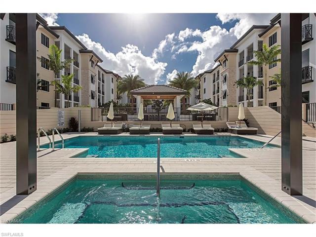1030 3rd Ave S 421, Naples, FL 34102