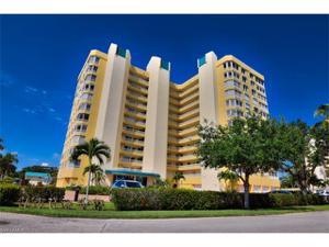 21 Bluebill Ave B-1106, Naples, FL 34108
