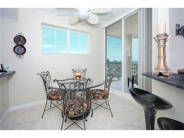 300 Dunes Blvd 1102, Naples, FL 34110